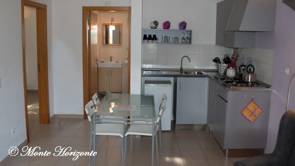 Vlindervakantie Portugal Casa Camelia Keuken