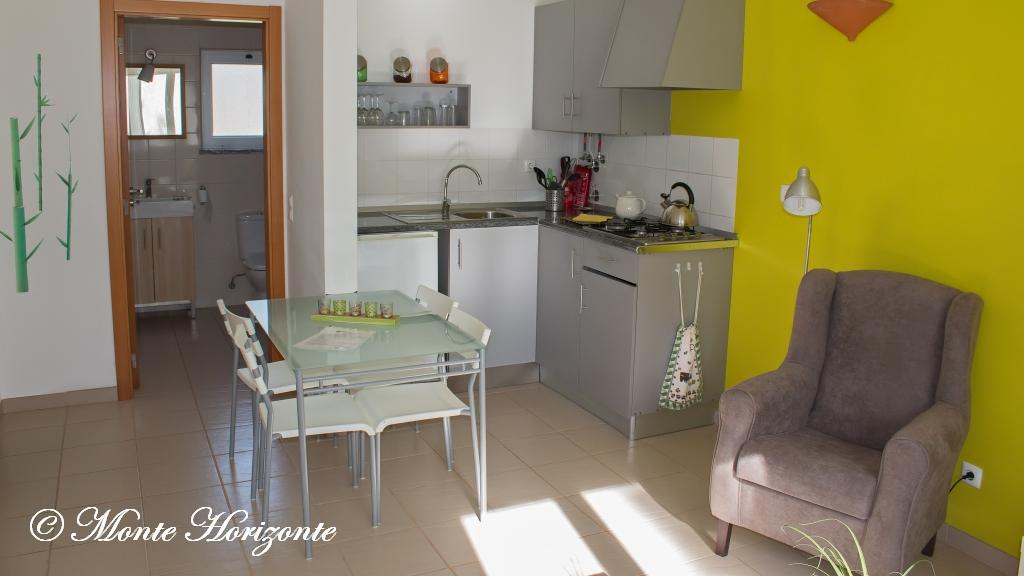 Vlindervakantie Portugal Casa Oliveira Keuken